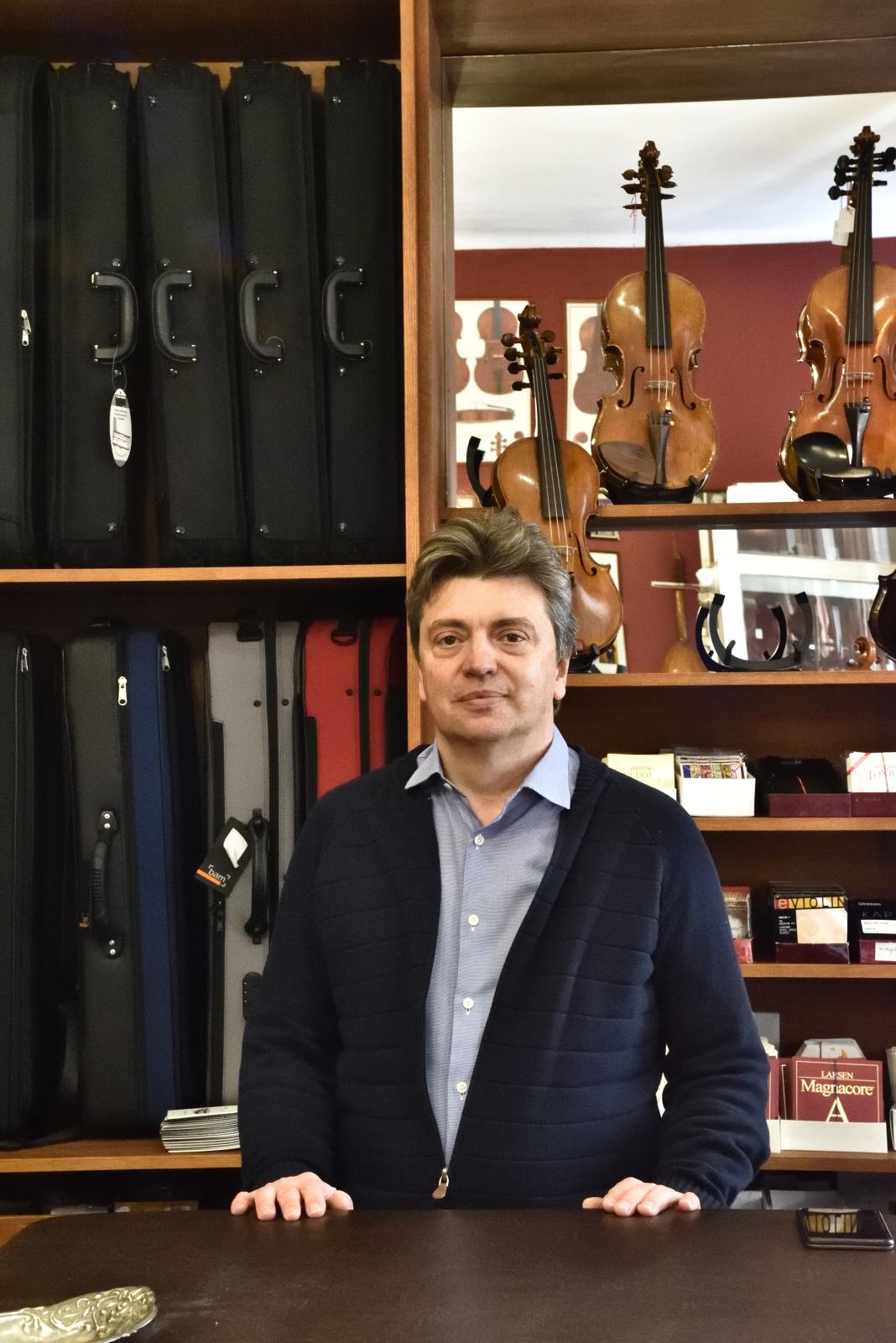 Délczeg Zoltán alapító, igazságügyi szakértő